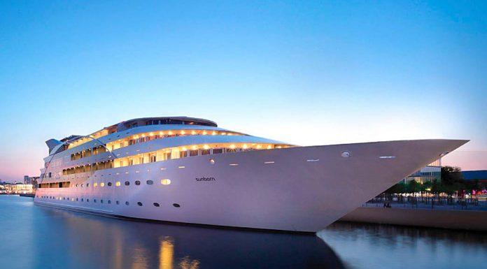 yacht hotel Londres