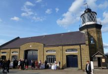 phare trinity buoy wharf lighthouse